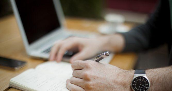 10 Gründe für Mitarbeiter Zeiterfassung in der Cloud